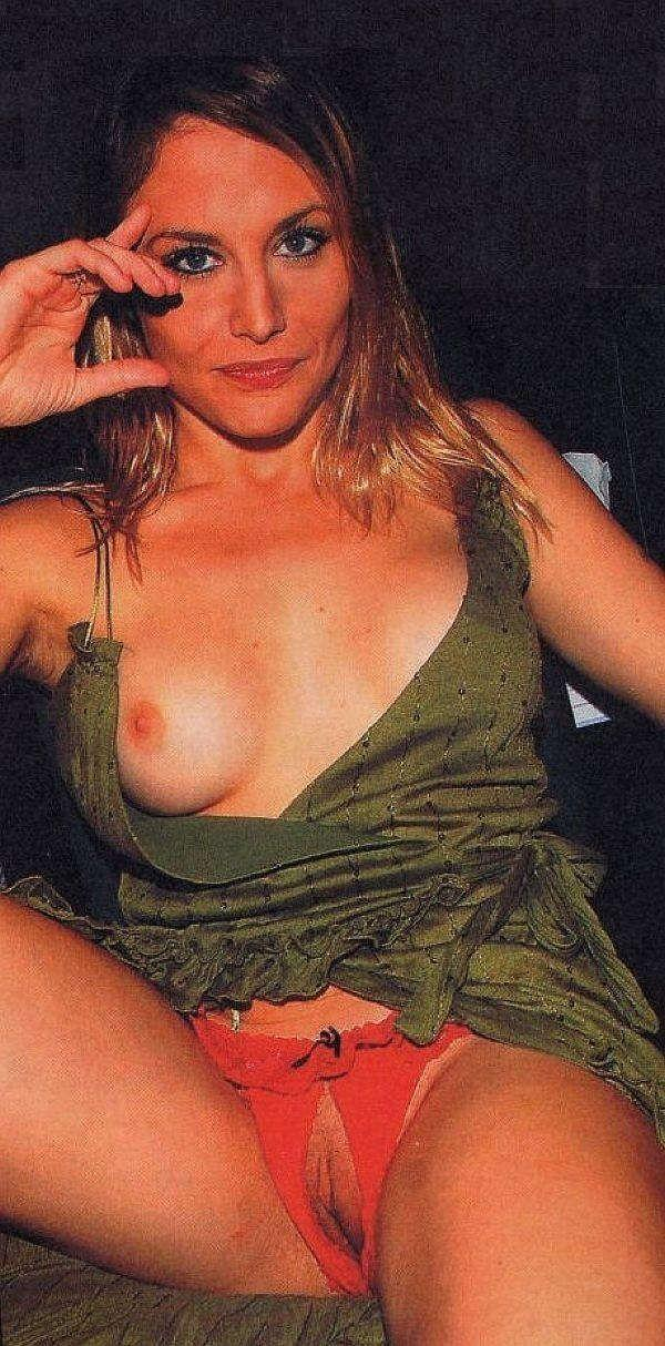 Celebrity Nipple Picture Slip Upskirt